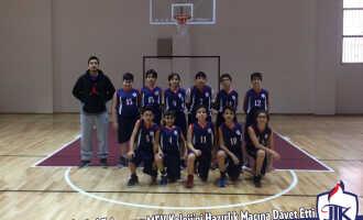 Küçük Erkek Basketbol Takımımız MEV Koleji'ni Hazırlık Maçına Davet Etti